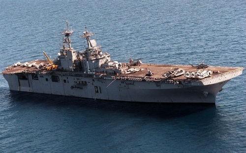 Top 10 hàng không mẫu hạm và tàu khu trục 'đáng sợ' nhất thế giới - anh 8