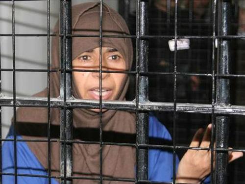 Hồ sơ nữ binh al-Qaeda mà khủng bố IS muốn 'mạng đổi mạng' - anh 4