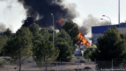 Máy bay quân sự NATO rơi, 31 người thương vong - anh 1