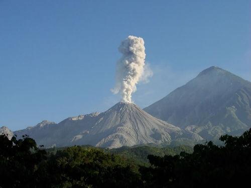 10 siêu núi lửa còn hoạt động mạnh nhất trên Trái Đất (Kỳ 2) - anh 2
