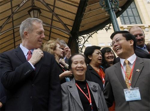 Quan hệ Việt - Mỹ và chặng đường bền chặt hơn trong 20 năm tới - anh 2