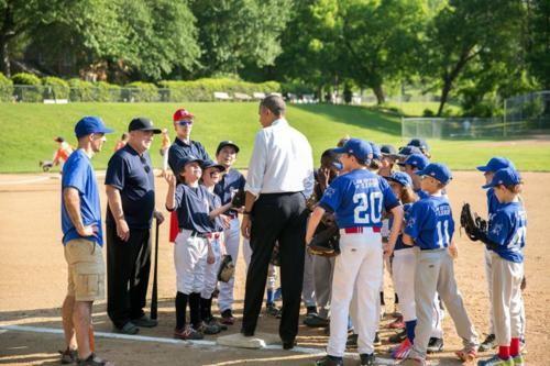 Những hình ảnh rất-đời-thường của Tổng thống Barack Obama - anh 13