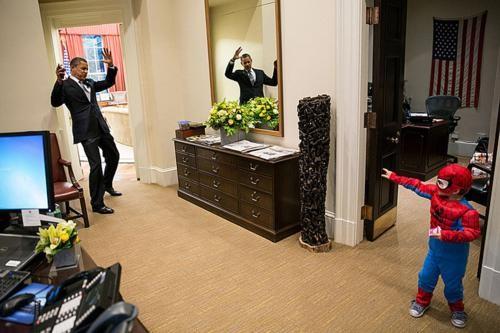 Những hình ảnh rất-đời-thường của Tổng thống Barack Obama - anh 32