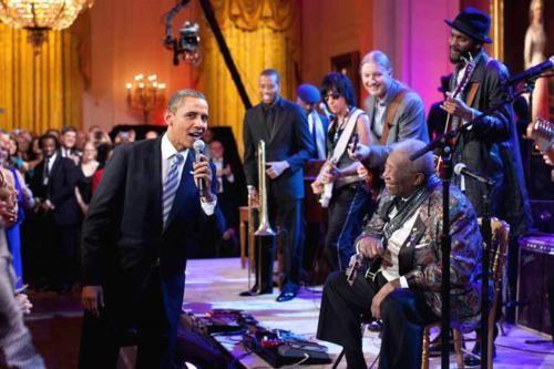 Những hình ảnh rất-đời-thường của Tổng thống Barack Obama - anh 1