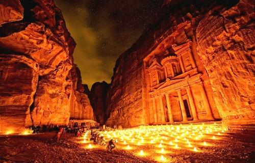 Khám phá 'Thành phố hoa hồng đỏ' Petra – Viên ngọc của Jordan - anh 3