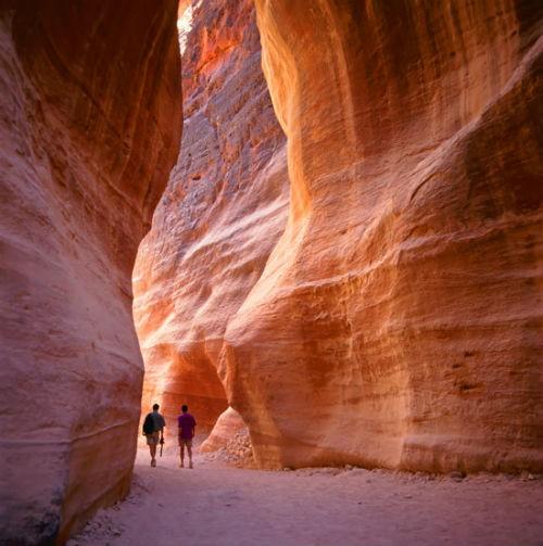 Khám phá 'Thành phố hoa hồng đỏ' Petra – Viên ngọc của Jordan - anh 4