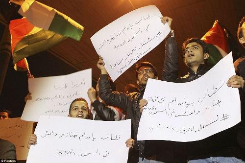 Hàng ngàn người Jordan biểu tình, đòi nợ 'bằng máu' - anh 6