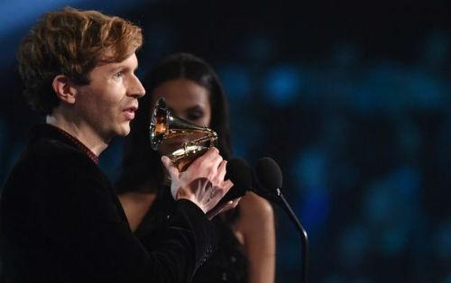 Công bố Danh sách nghệ sĩ đoạt giải Grammy 2015 - anh 3