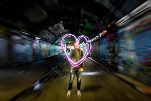 Lạc bước trong những con đường tình yêu đẹp nhất thế giới - anh 11