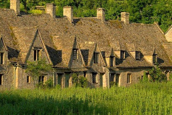 Ghé thăm Bibury – Ngôi làng đẹp nhất xứ sương mù - anh 7