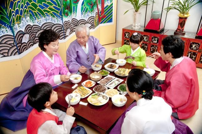 Tục lệ đón Tết cổ truyền đặc sắc ở xứ sở Kim Chi - anh 4