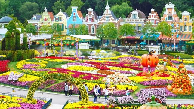 Những lễ hội mùa xuân rực rỡ trên thế giới - anh 3