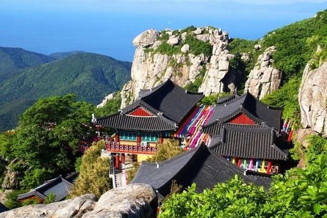 Vẻ đẹp xốn xang của 11 ngôi chùa nổi tiếng nhất xứ Kim Chi - anh 3