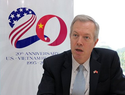 Đại sứ nước ngoài tại Việt Nam chúc Tết dịp Xuân Ất Mùi 2015 - anh 2