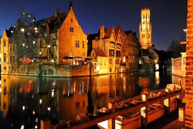 Vẻ đẹp 'nghiêng thành' của Bruges – Miền xứ sở ngọt ngào nhất thế giới - anh 2