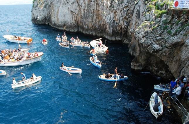 Vẻ đẹp đầy mê hoặc của ngọc đảo Capri vùng Địa Trung Hải - anh 7