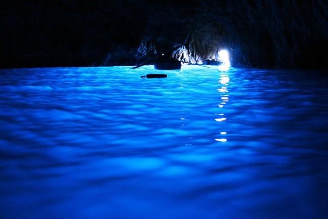 Vẻ đẹp đầy mê hoặc của ngọc đảo Capri vùng Địa Trung Hải - anh 17