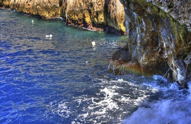 Vẻ đẹp đầy mê hoặc của ngọc đảo Capri vùng Địa Trung Hải - anh 3