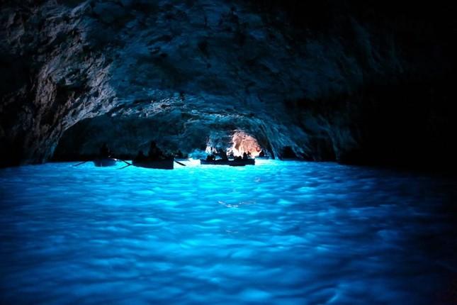 Vẻ đẹp đầy mê hoặc của ngọc đảo Capri vùng Địa Trung Hải - anh 11