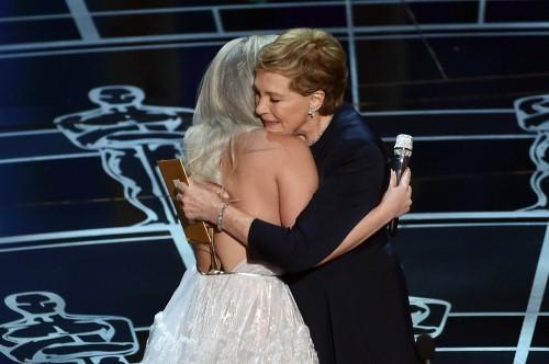 Những khoảnh khắc ấn tượng nhất tại Lễ trao giải Oscar 2015 - anh 9