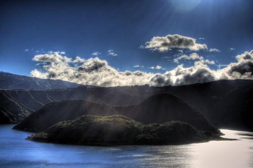 Vẻ đẹp thiên đường của những hồ núi lửa trên Trái đất - anh 17