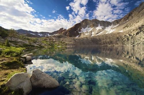 Vẻ đẹp thiên đường của những hồ núi lửa trên Trái đất - anh 5