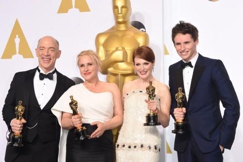Những khoảnh khắc ấn tượng nhất tại Lễ trao giải Oscar 2015 - anh 17