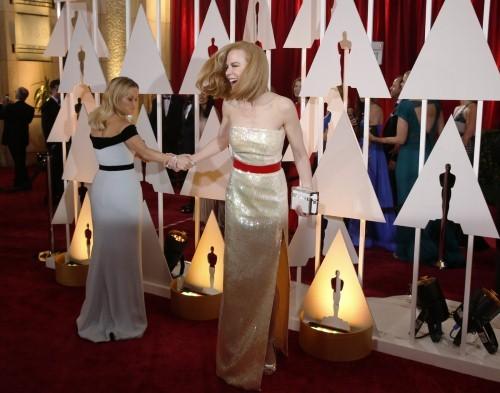 Những khoảnh khắc ấn tượng nhất tại Lễ trao giải Oscar 2015 - anh 12