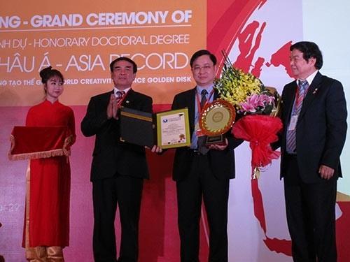 Lương y Việt lập kỷ lục Châu Á về chữa bệnh ở 102 quốc gia - anh 2