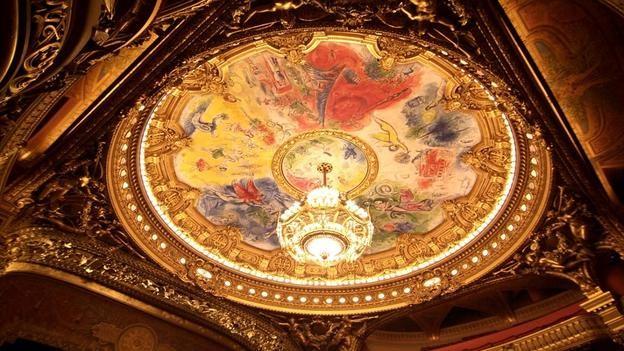 Vẻ đẹp hoàng gia của 7 nhà hát lớn trên thế giới - anh 1