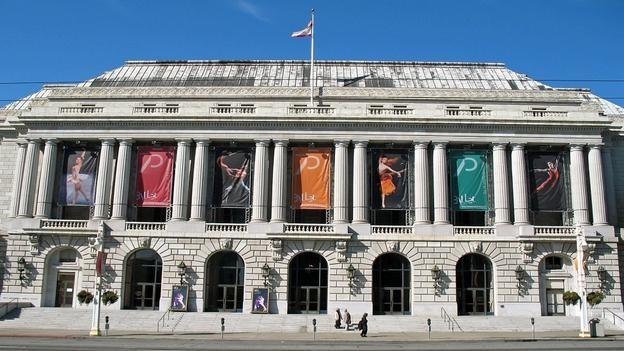 Vẻ đẹp hoàng gia của 7 nhà hát lớn trên thế giới - anh 7