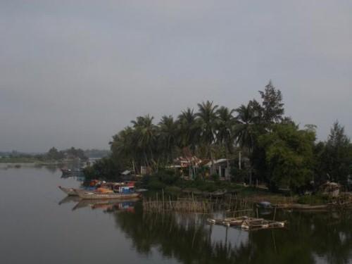 Làng quê Việt Nam đẹp dung dị trong tranh của Họa sĩ Nga - anh 2
