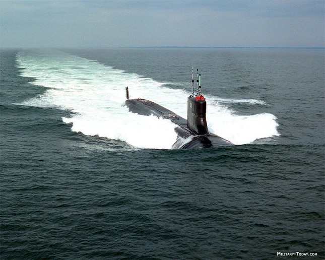 TOP 10 tàu ngầm tấn công đáng sợ nhất hành tinh - anh 1