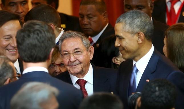 Tổng thống Mỹ và cuộc gặp mang tính bước ngoặt lịch sử với ông Raul Castro - anh 1