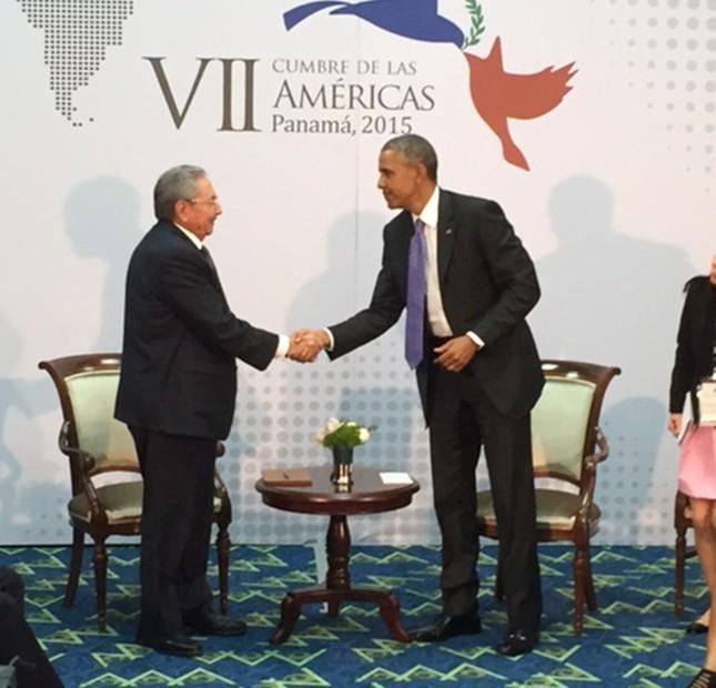 Tổng thống Mỹ và cuộc gặp mang tính bước ngoặt lịch sử với ông Raul Castro - anh 2