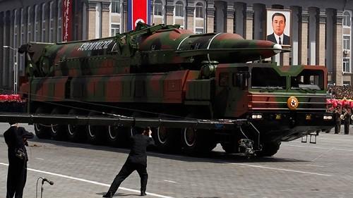 Triều Tiên sỡ hữu kho 1.000 tên lửa khiến Nhật, Hàn 'ngồi không yên' - anh 1