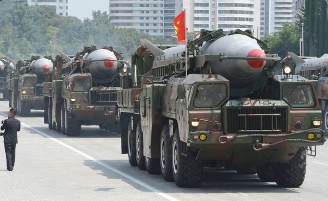 Triều Tiên sỡ hữu kho 1.000 tên lửa khiến Nhật, Hàn 'ngồi không yên' - anh 2