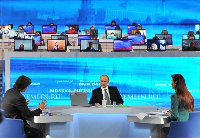 Tổng thống Putin: Lệnh trừng phạt Nga của phương Tây hoàn toàn vô nghĩa - anh 2