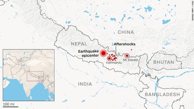 Tin mới nhất vụ Động đất ở Nepal: Con số thương vong tăng không ngừng - anh 2