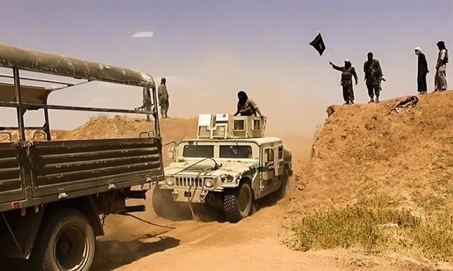 Nguồn vũ khí tối tân của phiến quân IS có nguồn gốc từ đâu? - anh 3