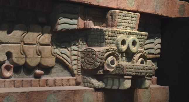 Khám phá bí mật dưới chân kim tự tháp bí ẩn nhất của người Maya - anh 2