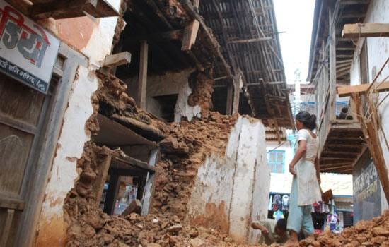 Tin mới nhất: Nepal ngừng tìm kiếm nạn nhân, tập trung tái thiết vùng động đất - anh 2