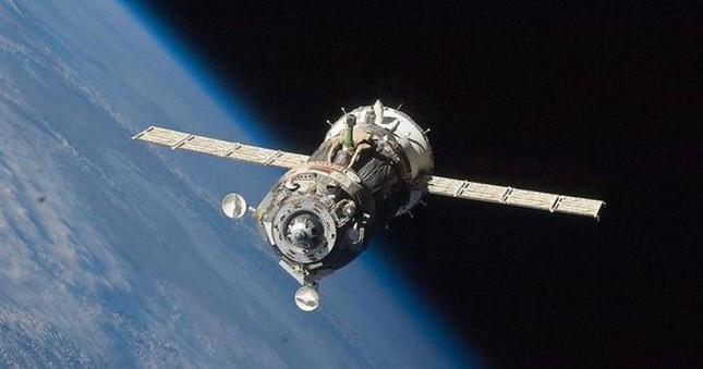Phi thuyền 51 triệu USD của Nga gặp nạn, đang lao xuống Trái đất - anh 1