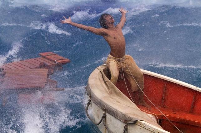 """Những giá trị vàng trong cuộc sống từ bộ phim """"Life Of Pi"""" - anh 2"""