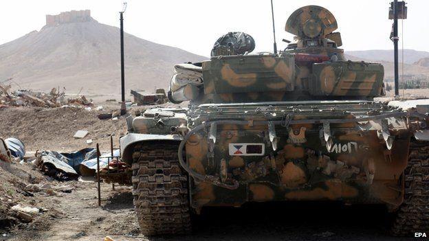 Khủng bố IS đánh bật quân đội Syria, chiếm thành cổ Palmyra 2.000 năm tuổi - anh 1