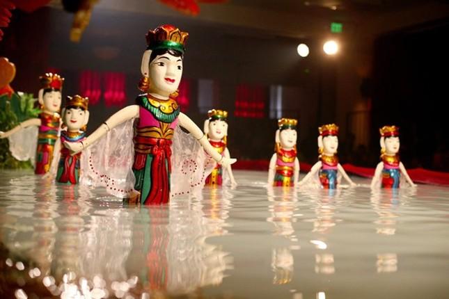 Tự hào nghệ sĩ múa rối nước trổ tài trên đất Mỹ - anh 4