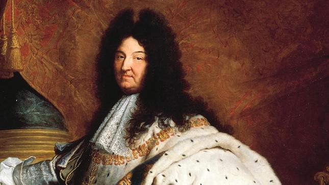 Những cái 'tật' lập dị của Louis XIV - Ông vua chỉ tắm 3 lần trong đời - anh 2