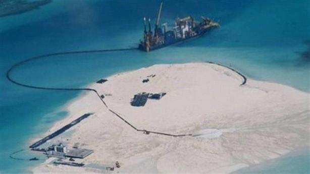 Mỹ: Nên trừng phạt Trung Quốc trước hành động ngang ngược tại Biển Đông - anh 1