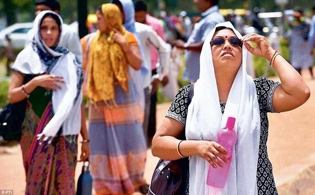 Chùm ảnh nắng nóng 48 độ khiến 750 người Ấn Độ tử vong - anh 10