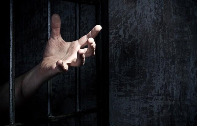 Biệt giam - Biện pháp tra tấn tâm lý khủng khiếp nhất lịch sử nhân loại - anh 3